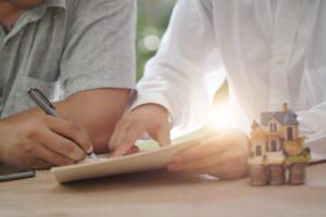 Jakie korzyści i zagrożenia niosą za sobą szybkie pożyczki?