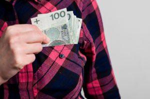 Kiedy warto zdecydować się na zaciągnięcie pożyczki?