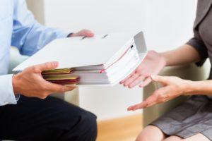 Na czym polega oddłużenie? O pożyczkach oddłużeniowych